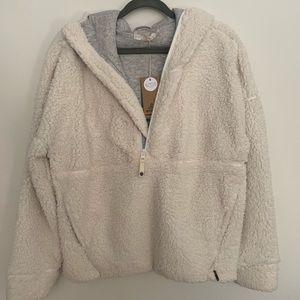 Prana fleece new with tags L Permafrost half zip